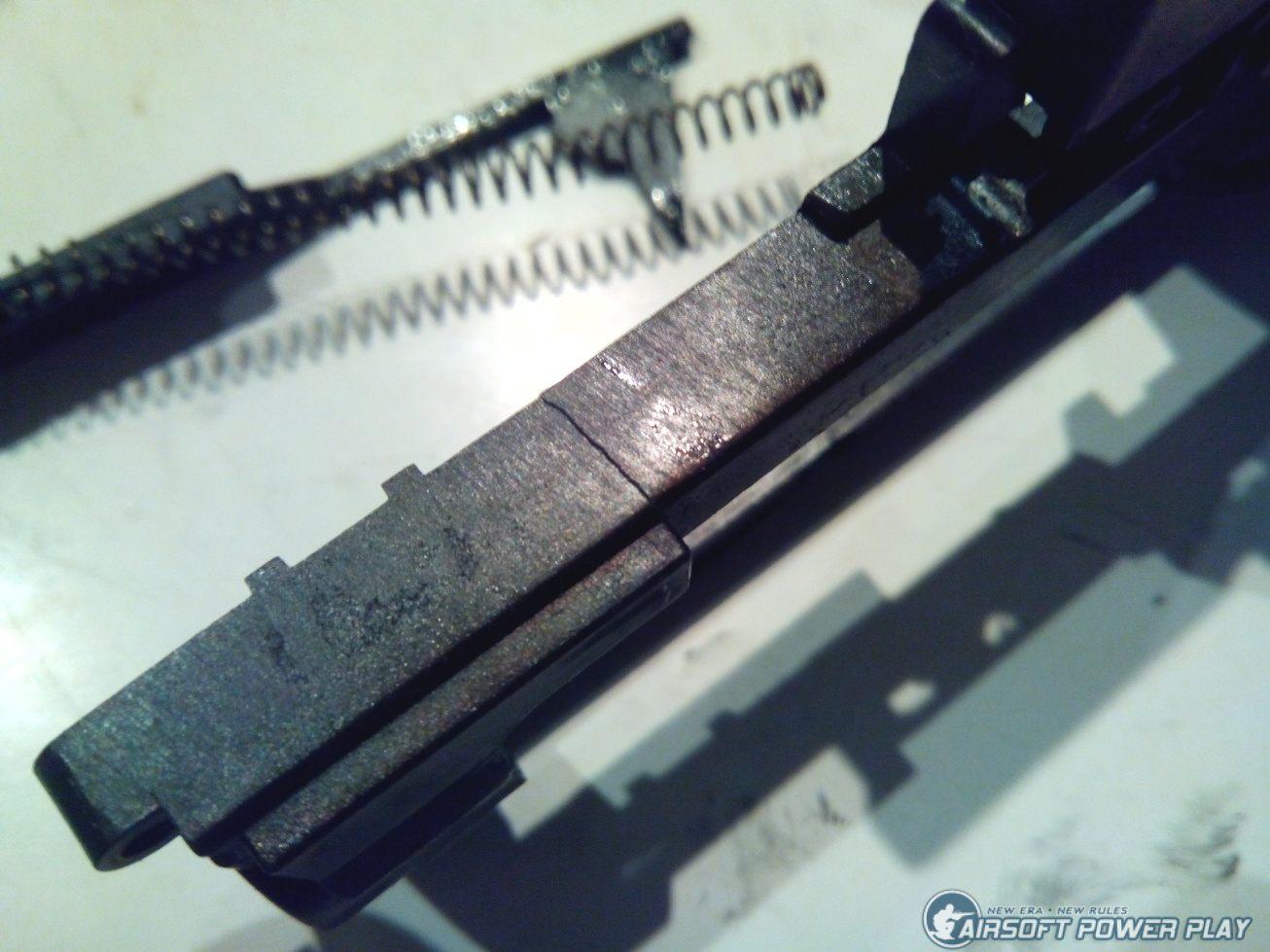 треснувший гирбокс KWA RM4