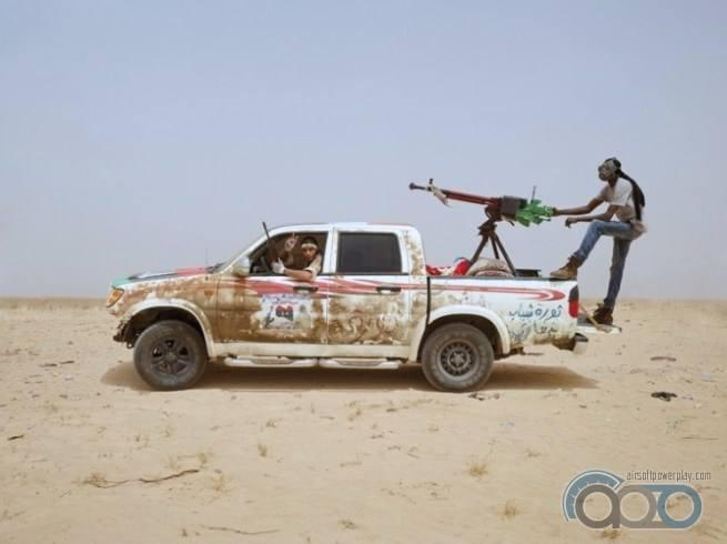 Toyota Hilux любимый пикап военных