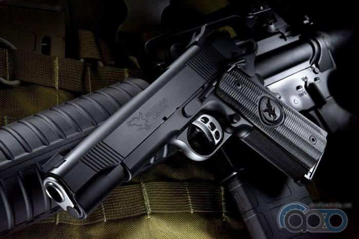 самый реалистичный страйкбольный пистолет  RWA GRP Recon
