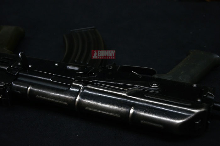 Bunny Custom: Vintage AMD65 GBB