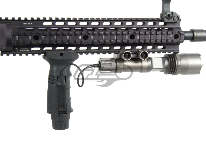airsoft_AIMS_TactGripSwitch_d